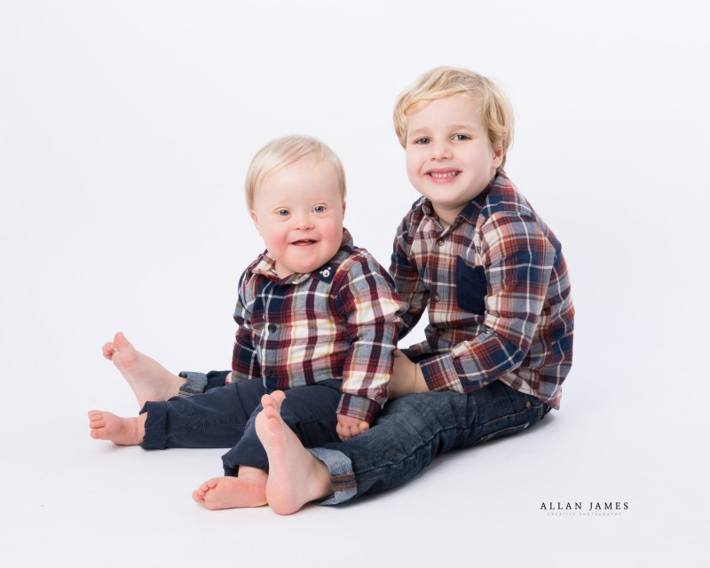 Children's-Family-photographer-Bridgend-Cardiff-Swansea-Cowbridge-Pencoed-Pontyclun-Porthcawl-Pontypridd