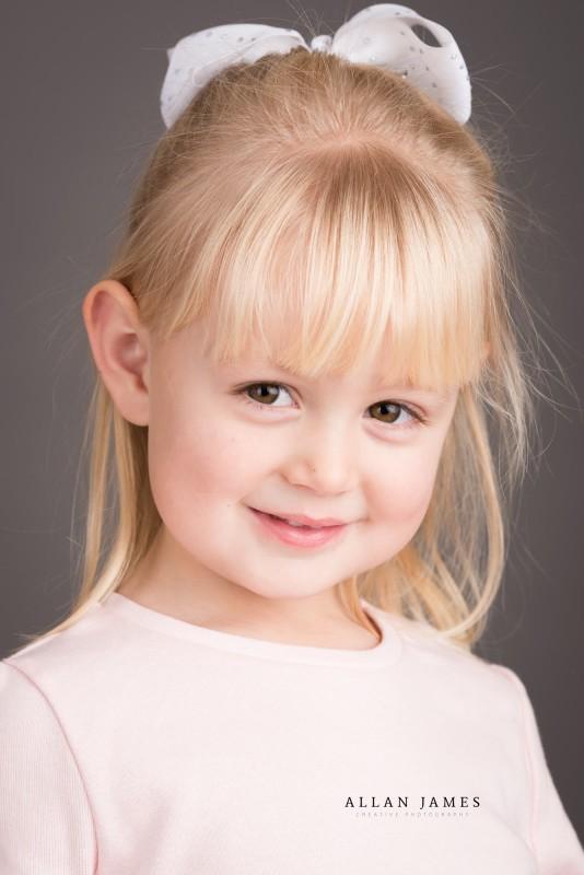 Children's-Family-photographer-Bridgend-Cardiff-Swansea-Cowbridge-Pencoed-Pontyclun-Porthcawl