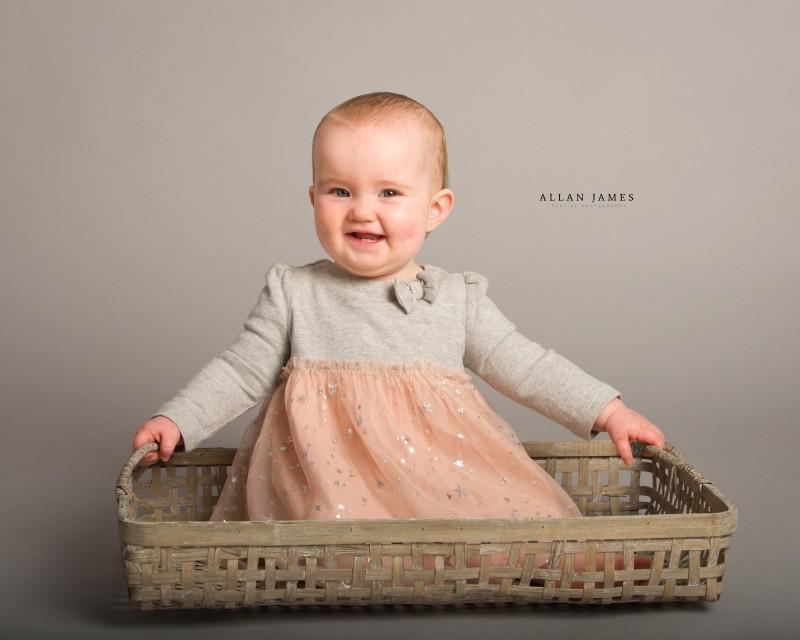 Children's-sitter-photographer-Allan-James-Bridgend-Cardiff-Cowbridge-Porthcawl-NEath-Port-Talbot-llantrisant