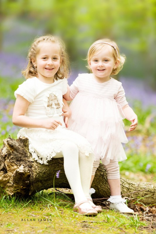 HAppy-Girls-family-portrait-bluebells-neath-port-talbot-photographer (1)