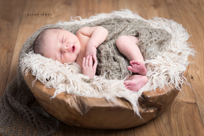 Newborn-Baby-Photography-Merthyr-Bridgend-South-Wales-Allan-James