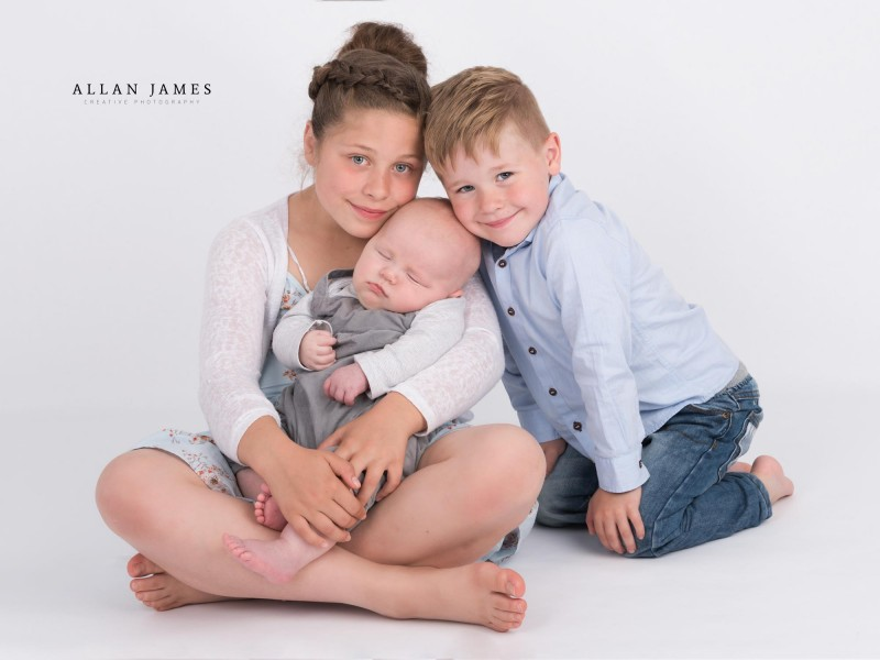 Newborn-Baby-sibling-photography-South-Wales-Bridgend-Porthcawl