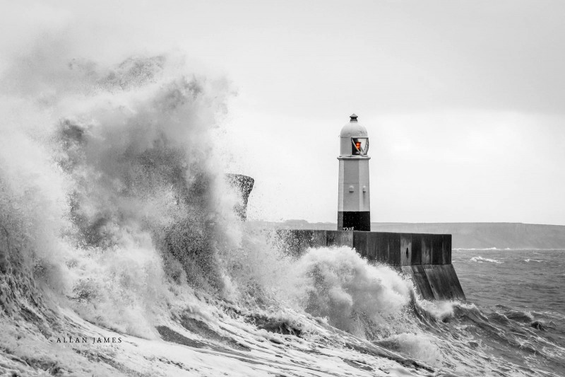 Porthcawl-Lighthouse-Landscape-photographer