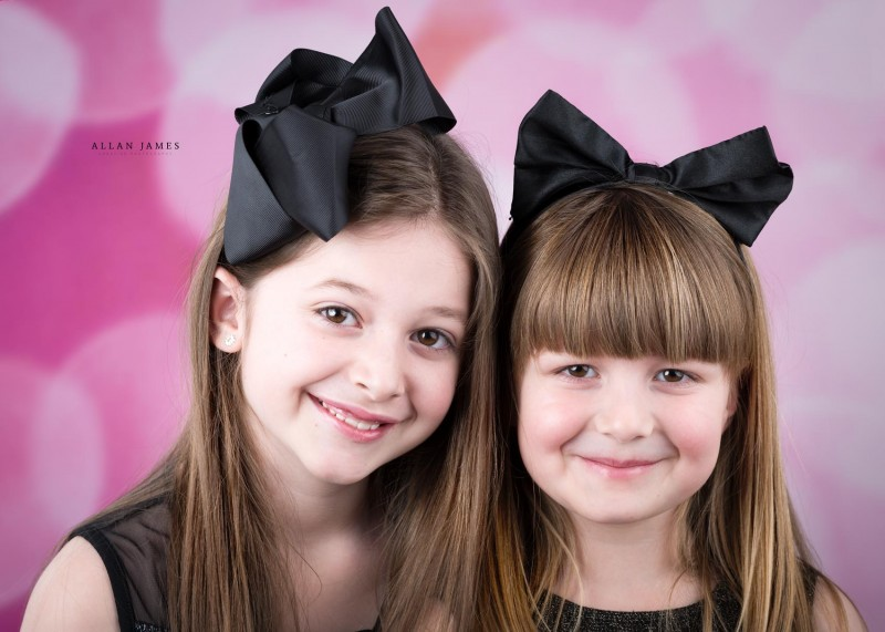 brothers-and-sisters-Cardiff-Bridgend-Pontyclun-Porthcawl-Photographer--Cowbridge-Swansea-neath-port-talbot-pontypridd-g (1)