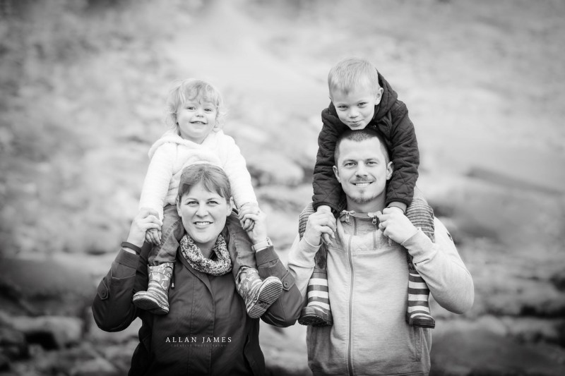 family-photographer-on-location-bridgend-cardiff-swansea-porthcawl-cowbridge-south-wales