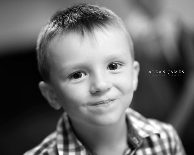 monotone-boy-smile-llantrisant-photographer